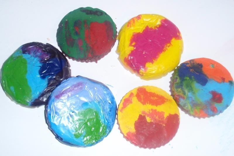 Thrifty Craft Idea – Stained Glass Crayons