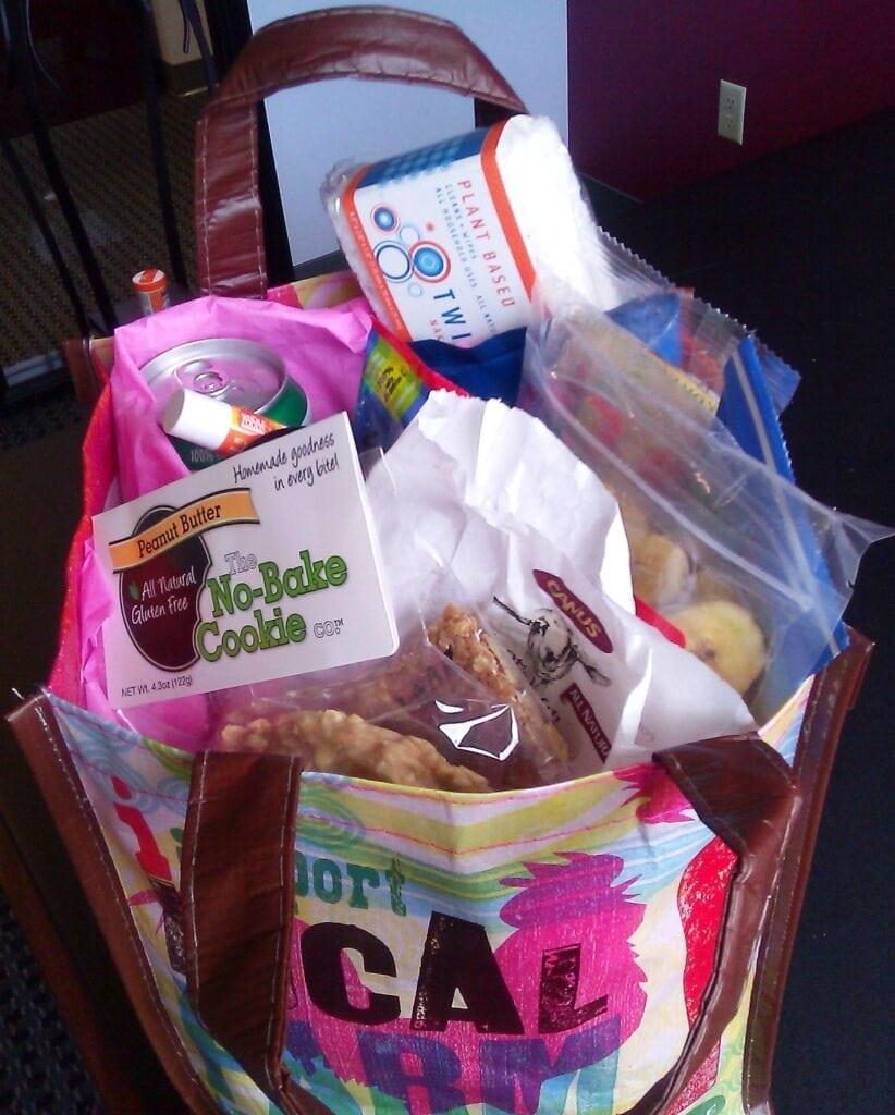 Giveaway: Organic Swag Bag of Goodies! 2 Winners!