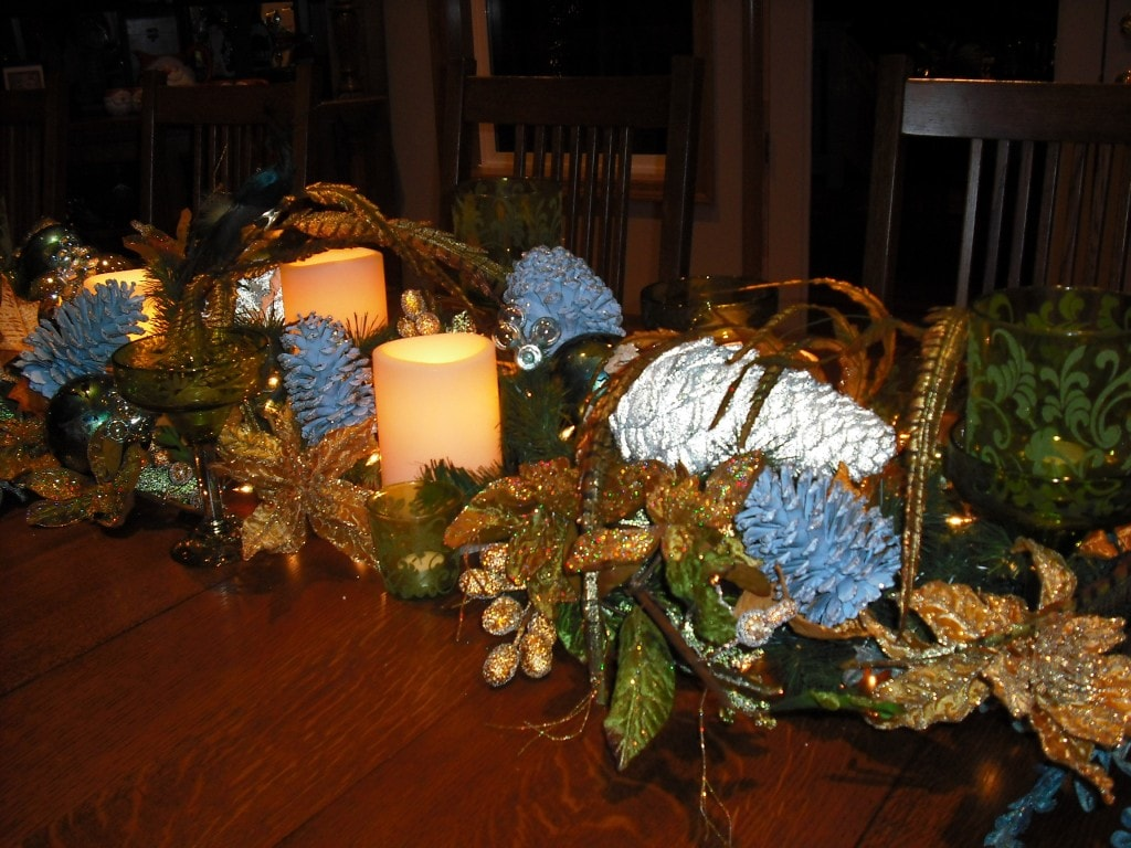 Diy table centerpieces re use items you have around the Diy christmas table decorations