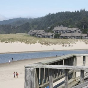 Giveaway – Win A Free Night In Cannon Beach (& Buy Nights For Just $99/Nt)