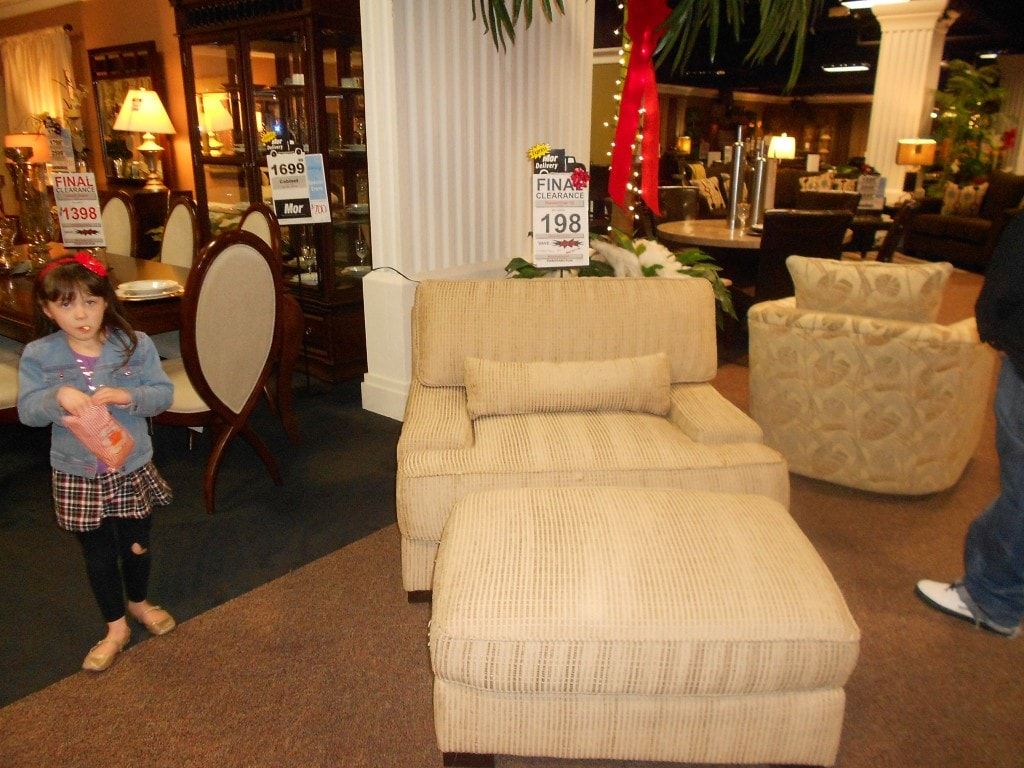 Mor Furniture For Less Get 200 To Spend For 49 Wa Or Ca 2 Days Left Thrifty Nw Mom