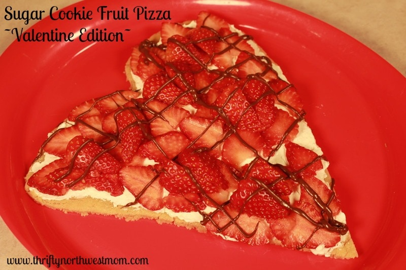 valentine's day sweets - sugar cookie heart shaped pizza & fruit, Ideas