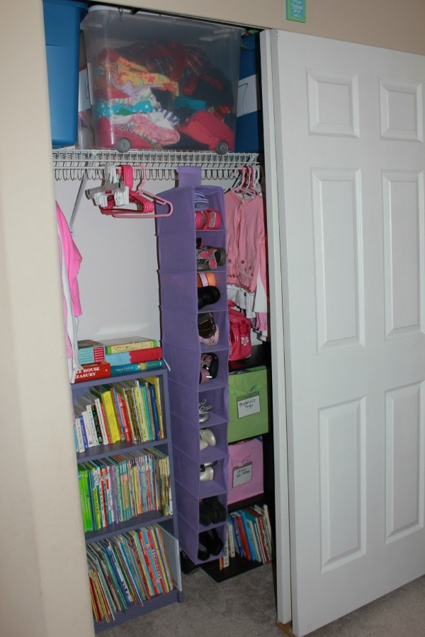 Organization ideas kids rooms images for Organized kids rooms