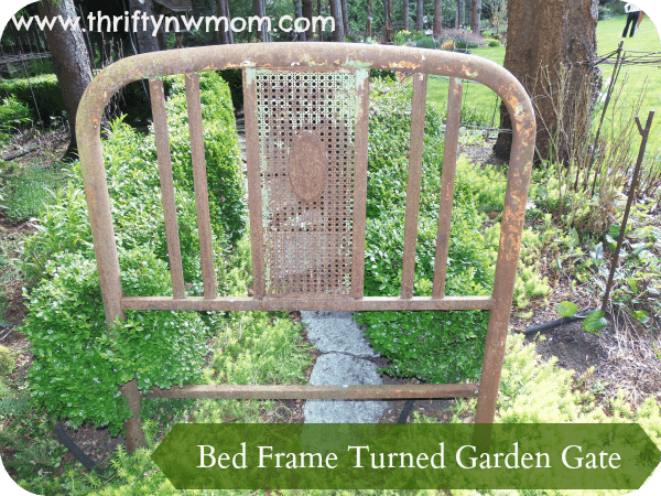 Diy Garden Gate Reuse A Twin Bed Frame Thrifty Nw Mom