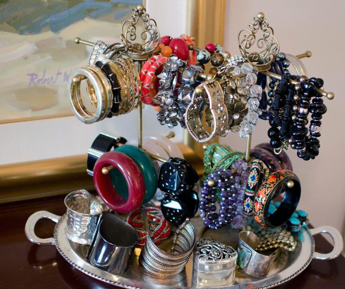 organizing---bracelets