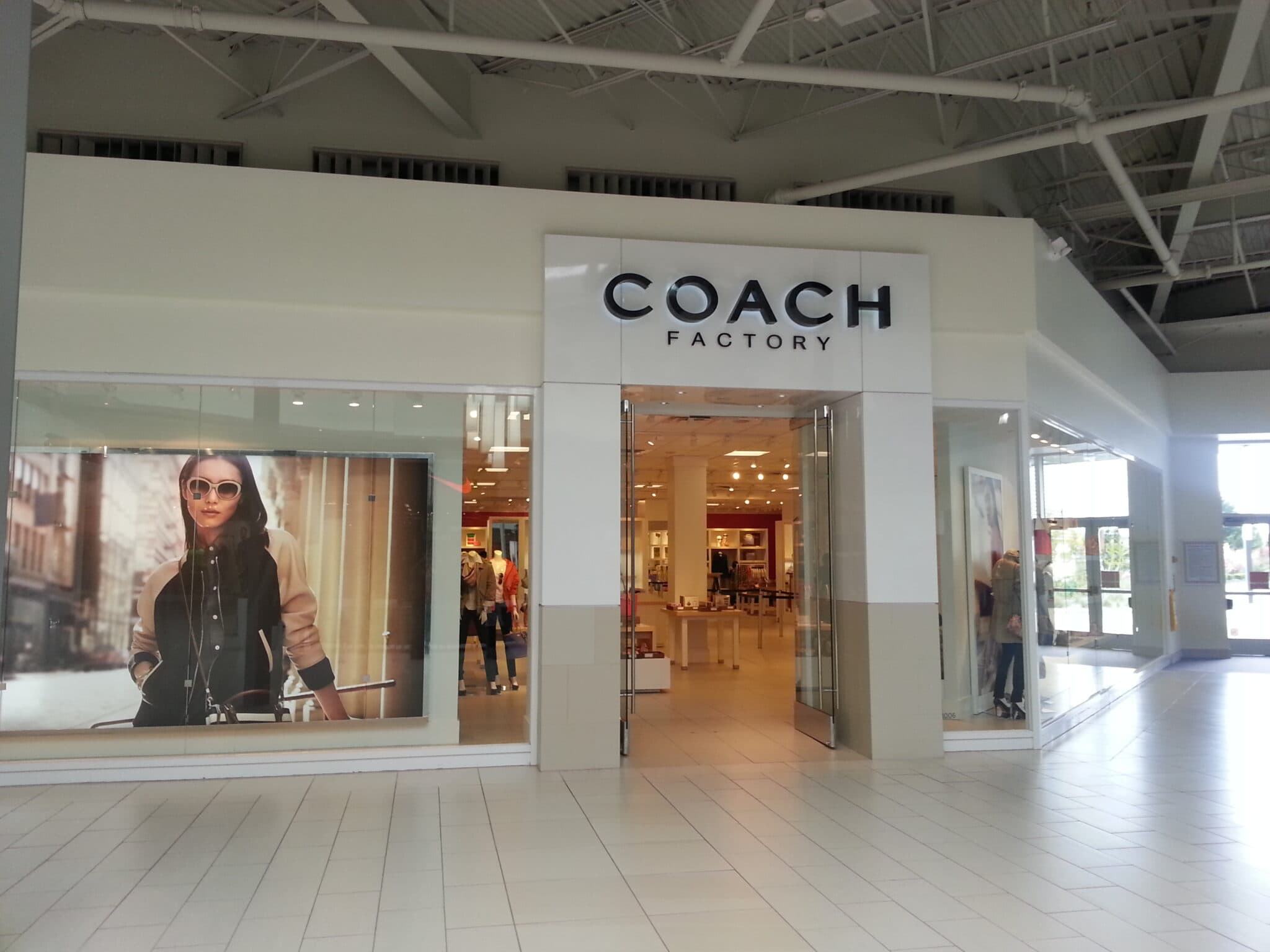 Coach Factory Outlet in Auburn