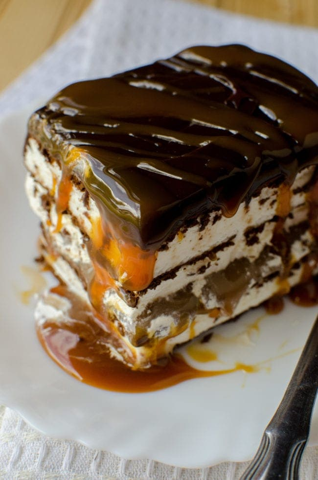 Salted Caramel Amp Hot Fudge Ice Cream Cake Super Easy