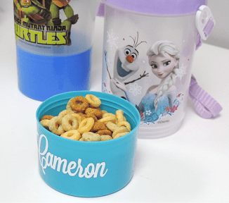 PERSONALIZED BOTTLES WITH SNACK HOLDER