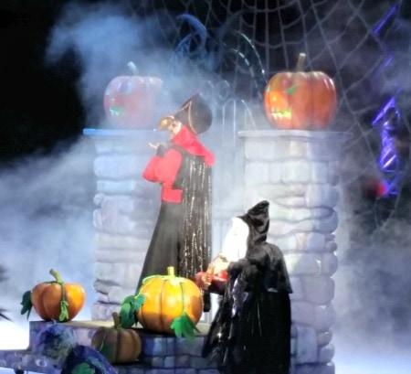 Disney On Ice Halloween Scene