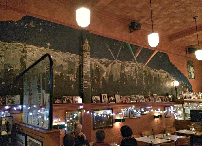 Pagliaccis Restaurant in Victoria