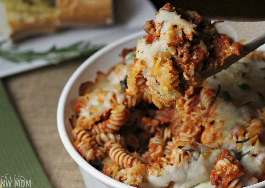 Cheesy Pasta Bake as a hearty, quick meal & freezer friendly