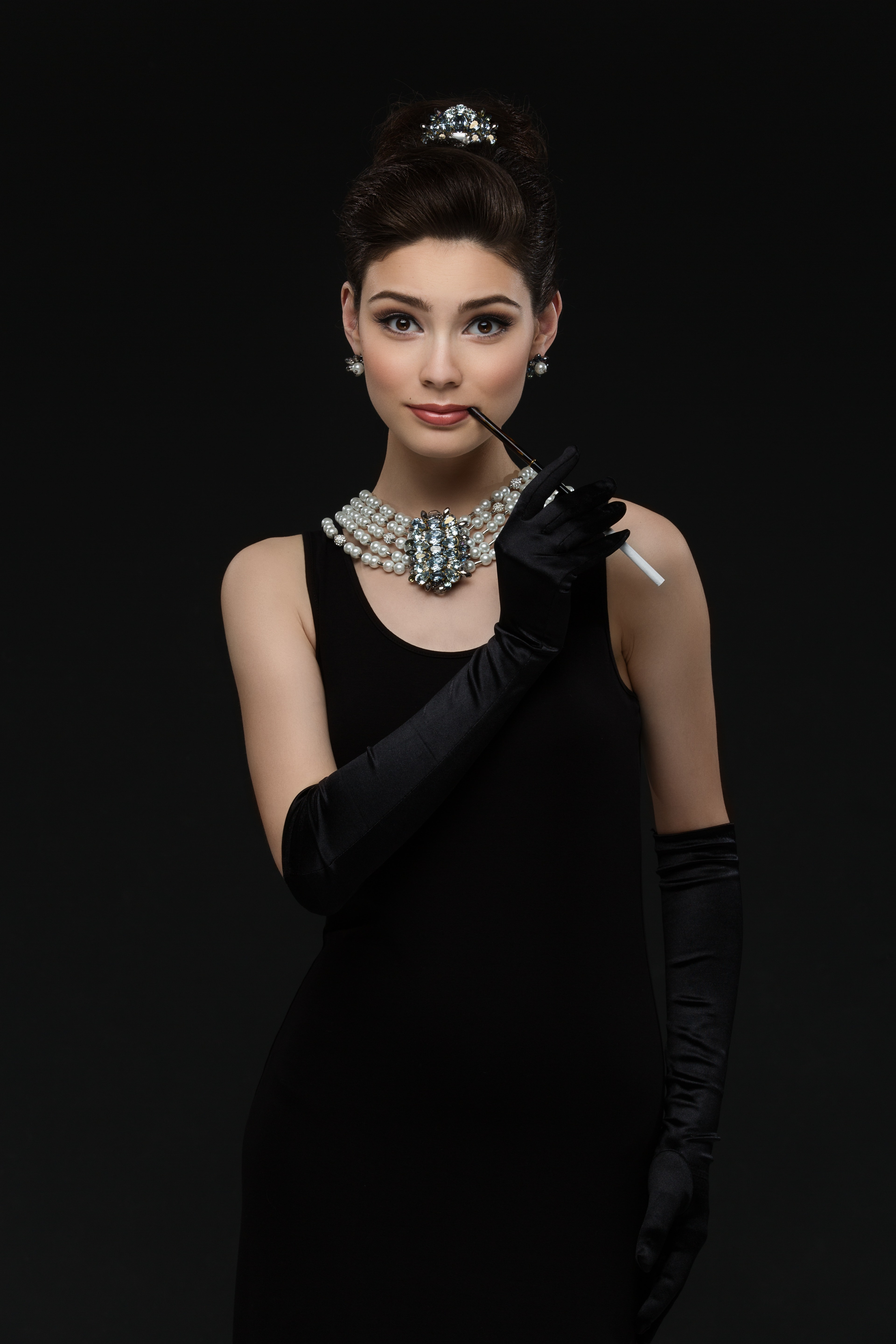 Diy Audrey Hepburn Costume Using Clothes From Your