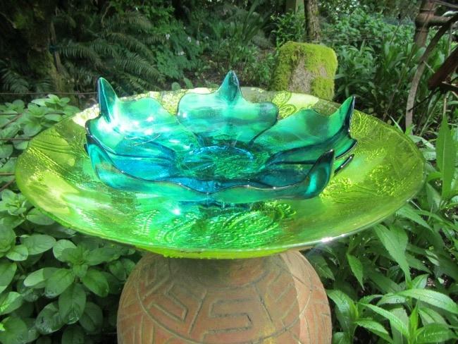 Easy Diy Bird Baths For Your Garden Thrifty Nw Mom