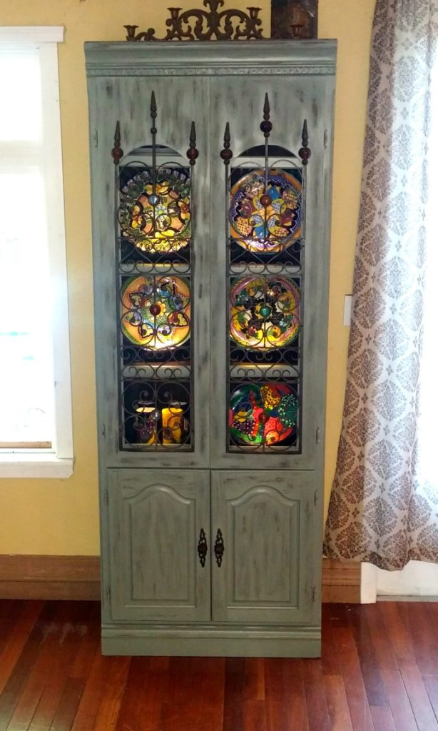 #Bringonthecolor – DIY Hutch Makeover Using Olympic Paints!