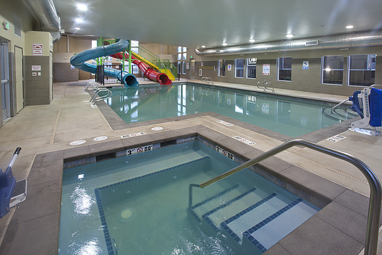 red lion inn federal way water slides - Cool Indoor Pools With Slides