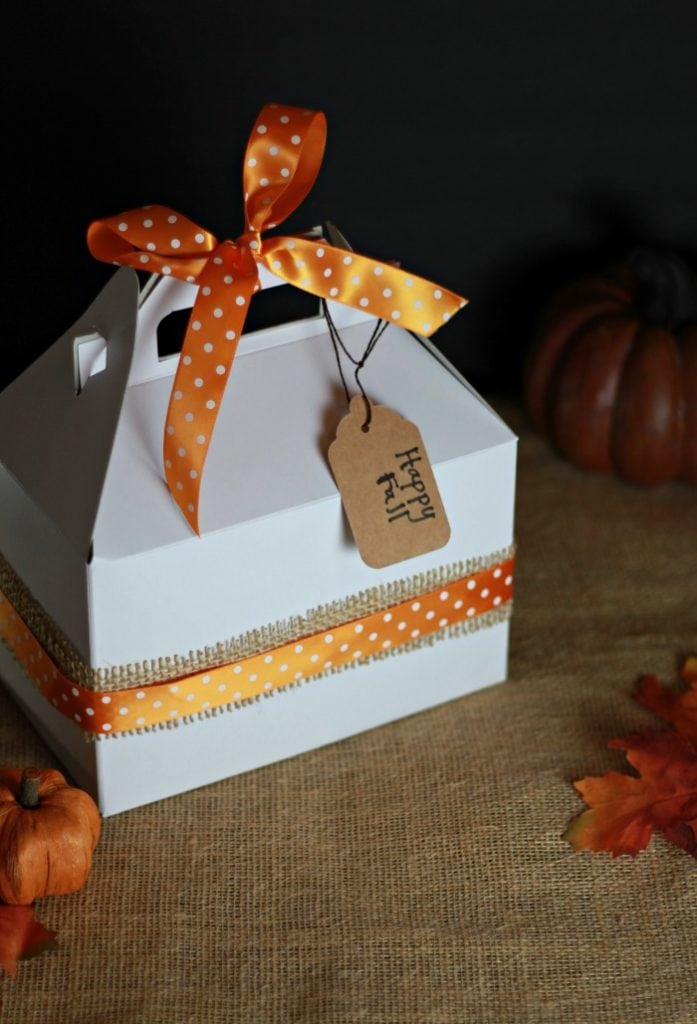 Packaging mason jar pies for gifts