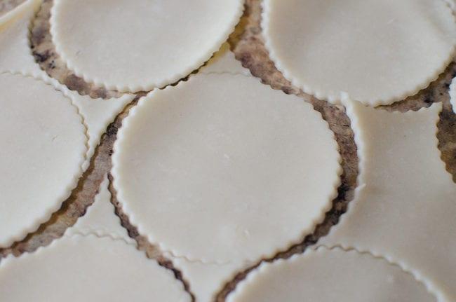 caramel-apple-pie-tarts03