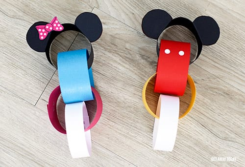 countdown-chain-mickey-and-minnie