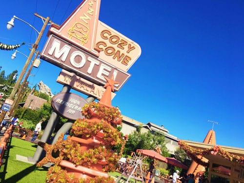holidays-at-cozy-cone-motel