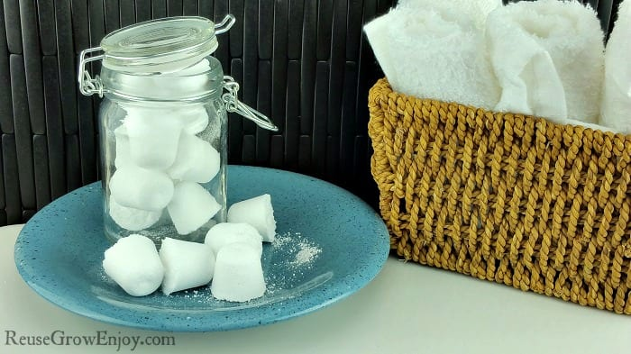 25 diy cleaning recipes using essential oils thrifty nw mom - Diy toilet cleaning bombs ...
