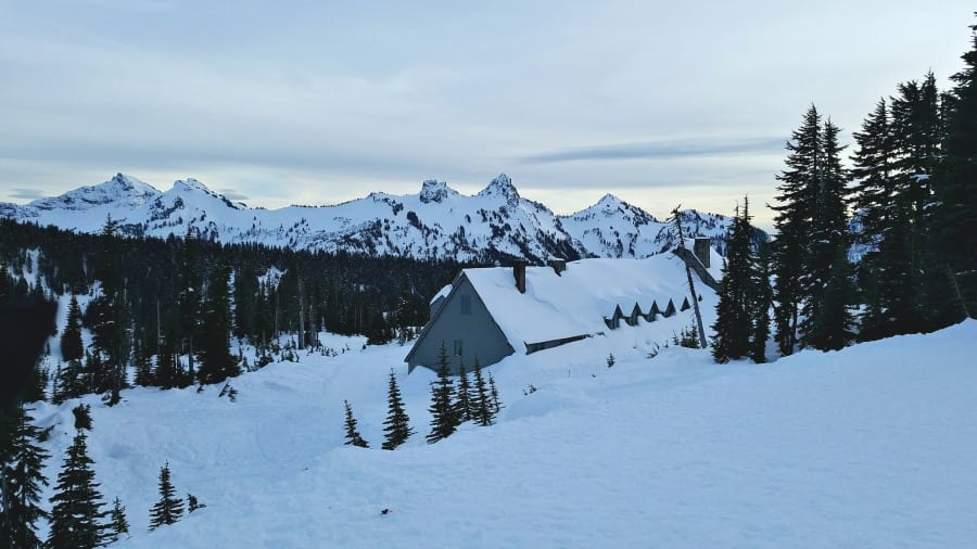 Mt Rainier and Tatoosh Mountain Range
