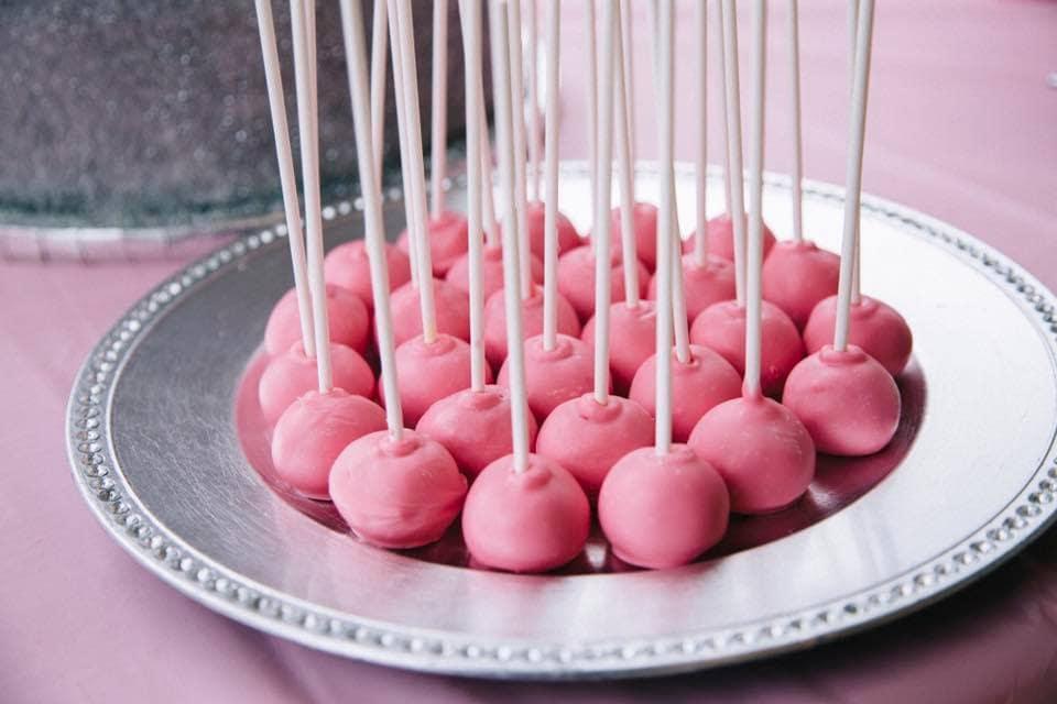 DIY Pink Cake Pops