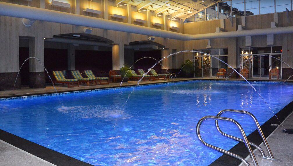 Seven Feathers Casino Hotel Indoor Pool