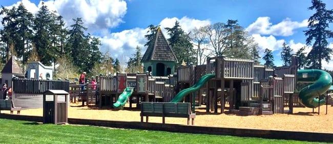 Castle Park Lake Steilcoom