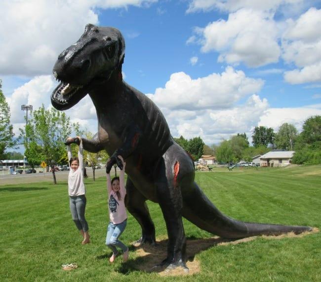Dinosaur park granger wa
