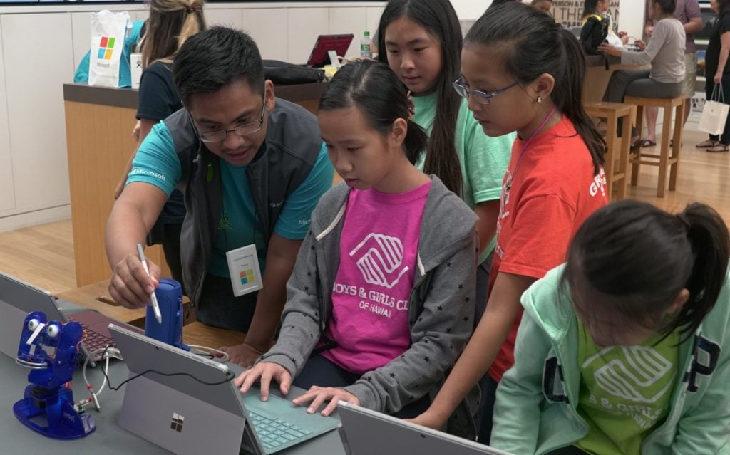 Microsoft – FREE Summer Camp For Kids on Technology – Registration Opens 4/10