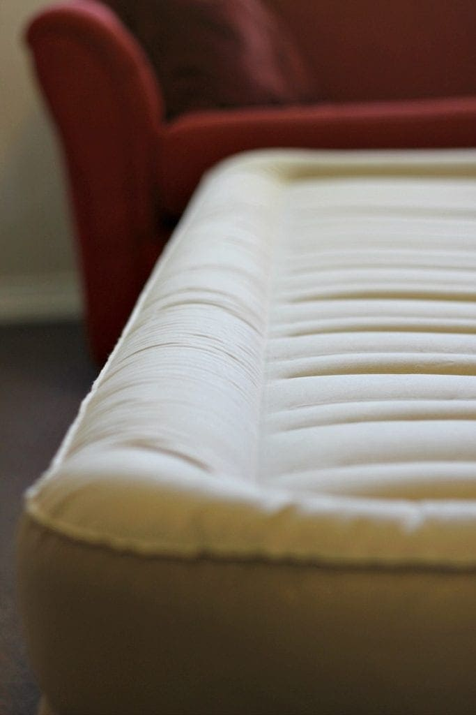 Airbed with Built In Pump for Continuous Airflow