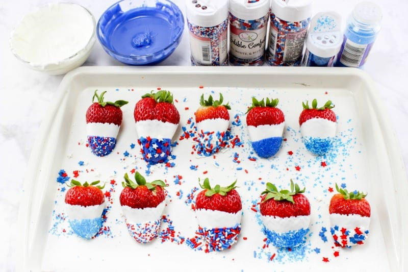 Making Patriotic Chocolate Covered Strawberries