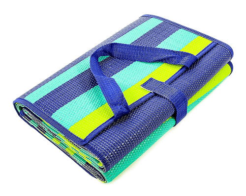 Outdoor Blankets (Perfect for Picnics, the Beach & More)