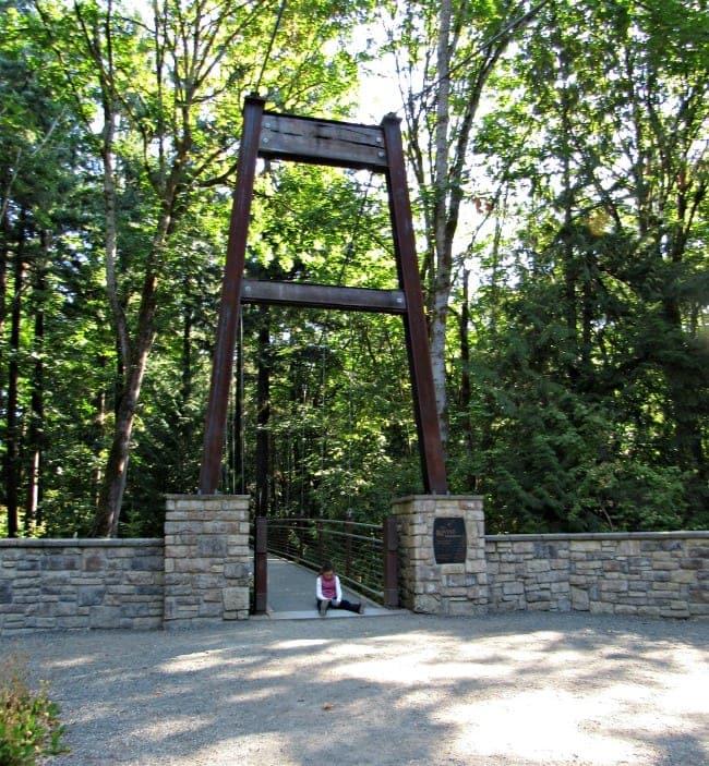 bridge at Bellevue Botanical Garden
