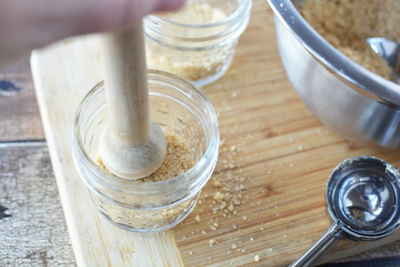 Using tart shaper for graham crackers in Cheesecake in a jar recipe