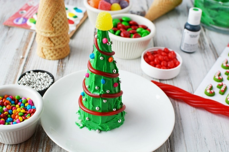 Decorating Christmas Tree Cones