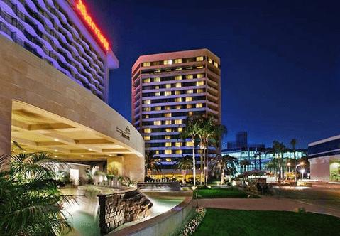 Anaheim Convention Center Breakfast Restaurants