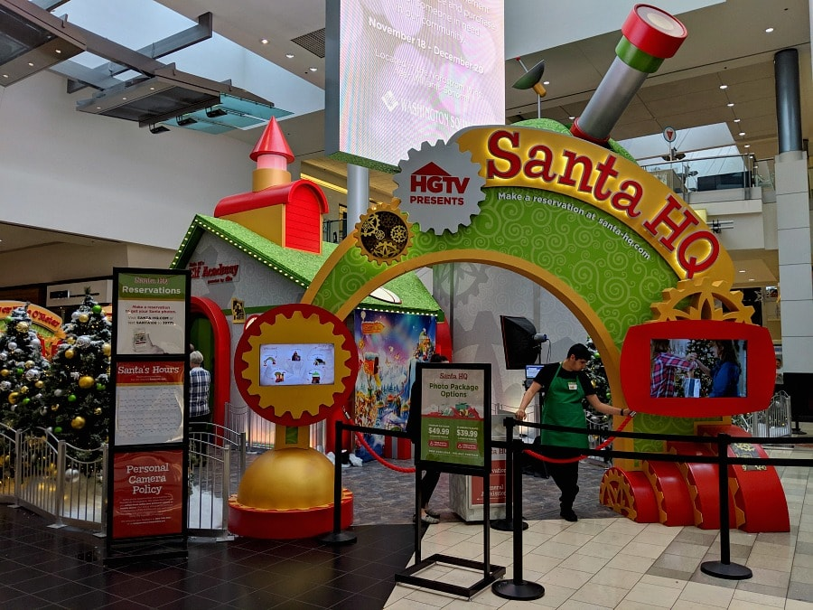 Santa HQ at Washington Square Mall