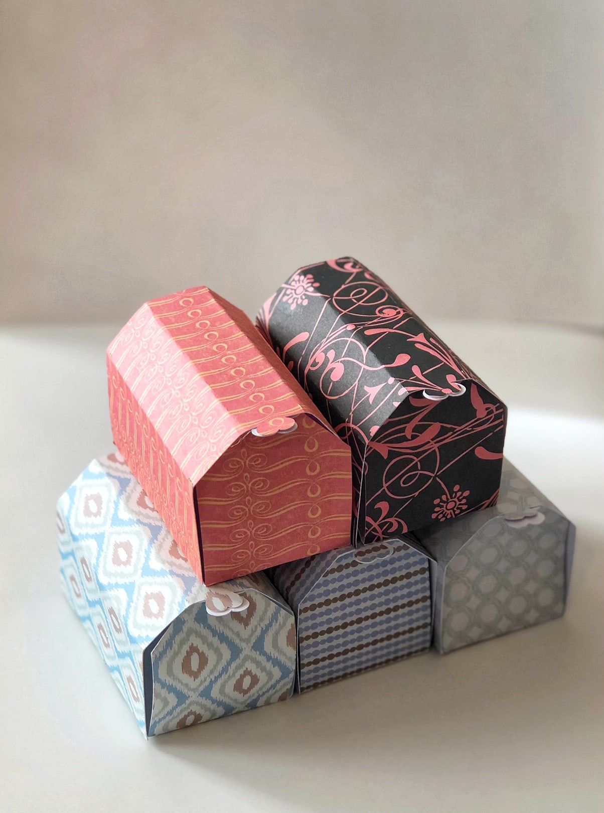 small valentines day boxes made from cardstock