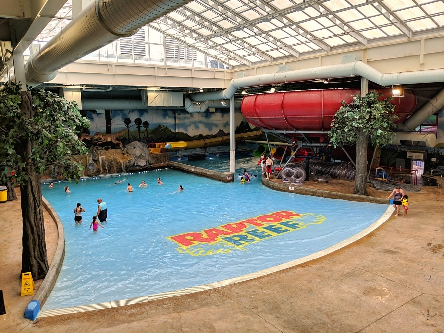 Raptor Reef Water Park Wave pool