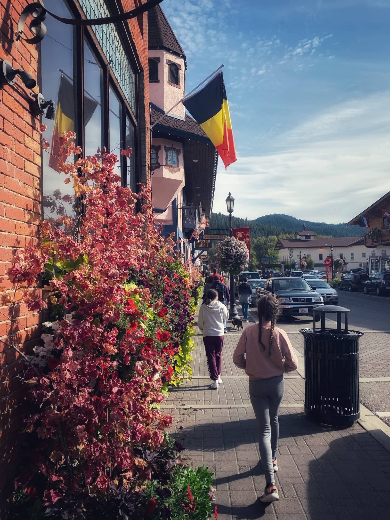 downtown leavenworth in the fall