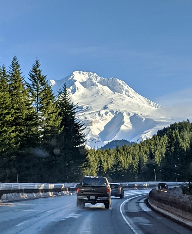 Mt Hood on the Drive Up