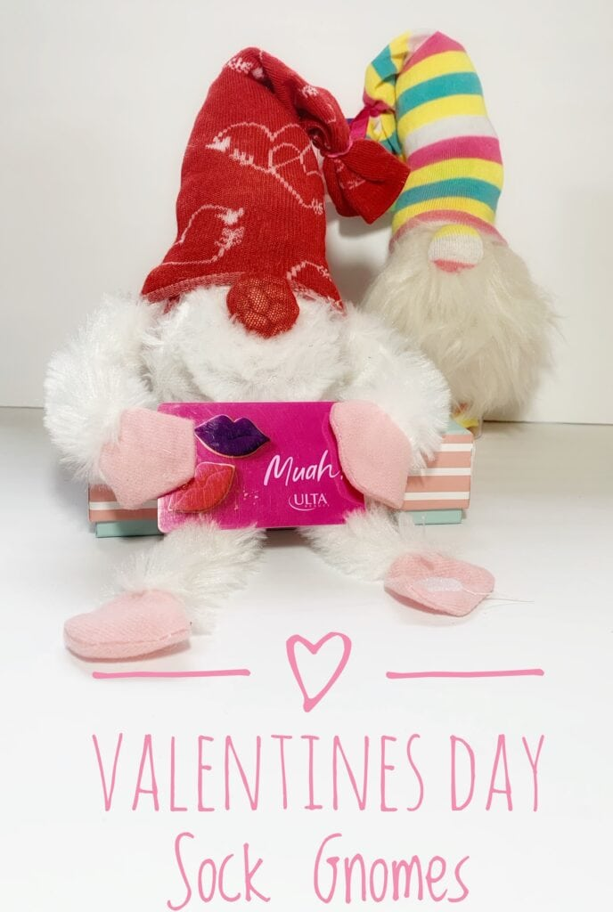 Valentine's Day Gnomes (Perfect For Teachers Gifts, Decor & More)!