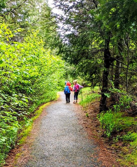 Gold Creek Pond Trail