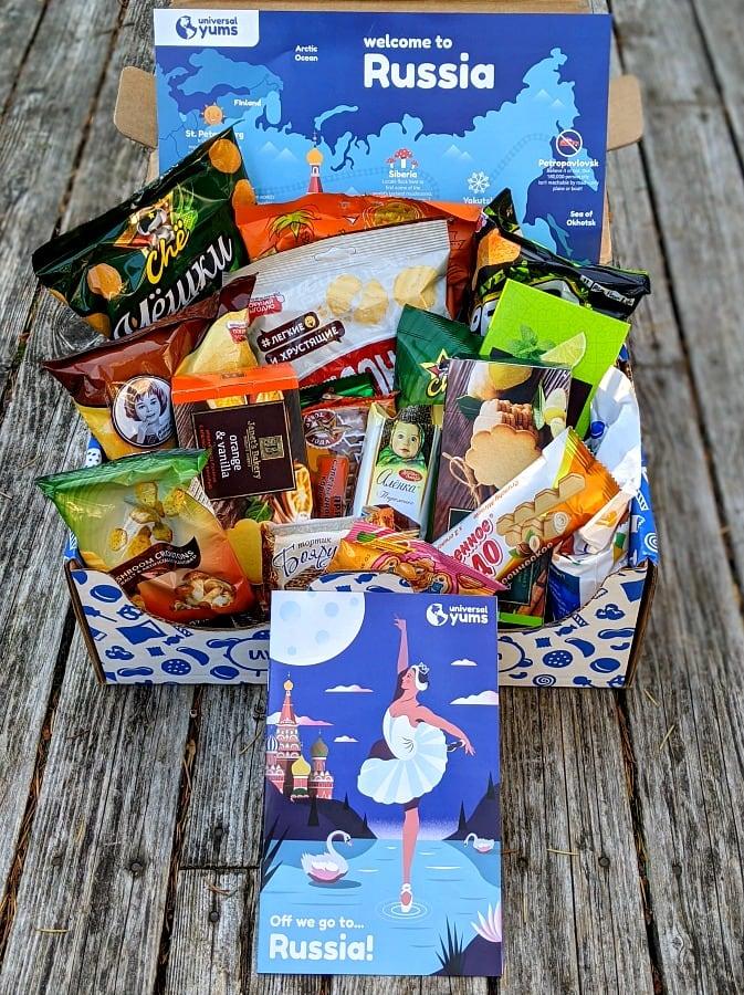 Russia Snack Box