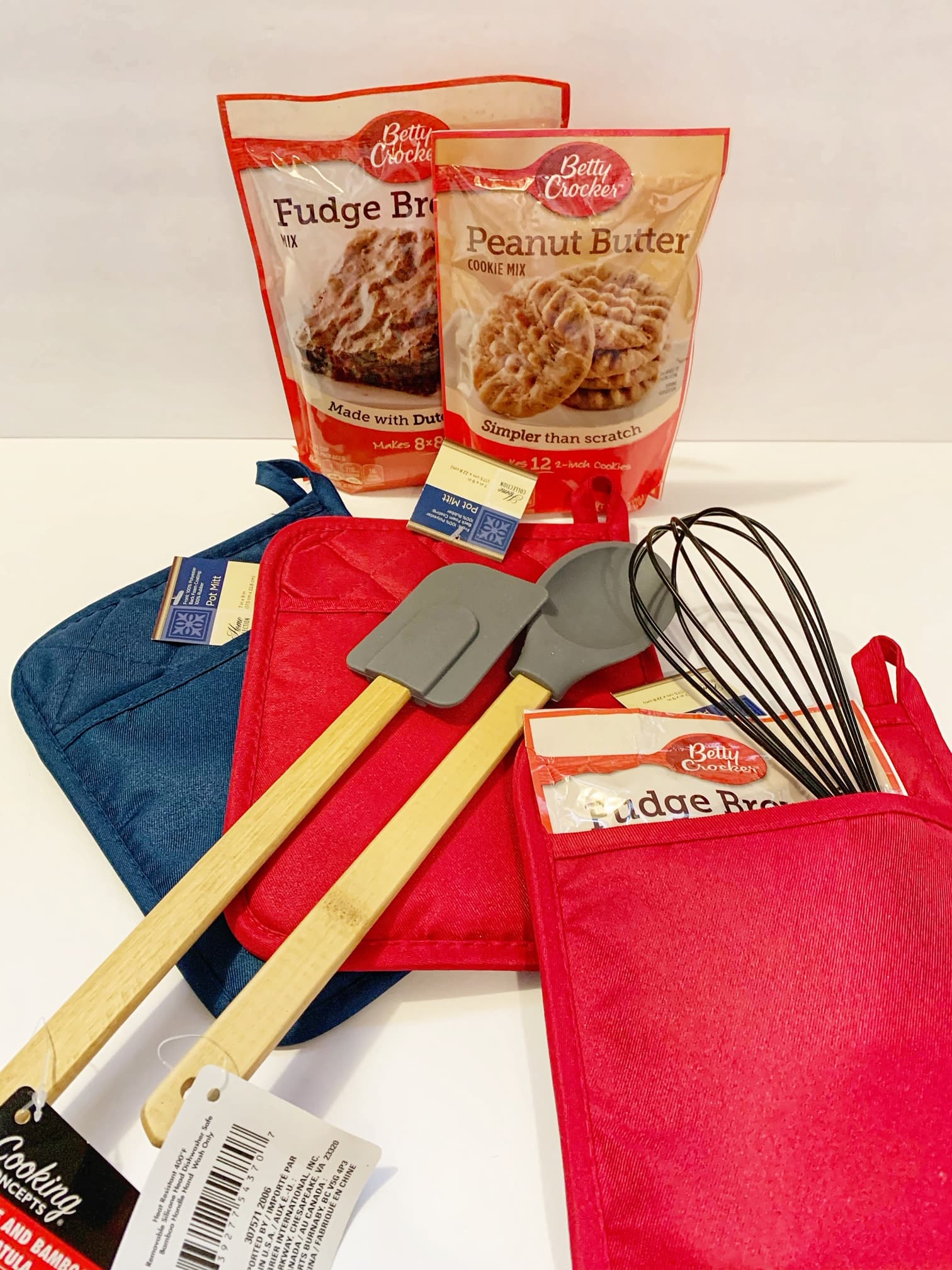 Supplies for DIY Pot Holders & Oven Mitts