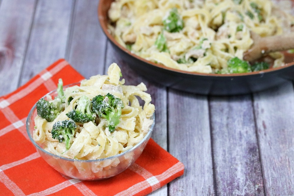 Chicken Alfredo Pasta with Broccoli Recipe
