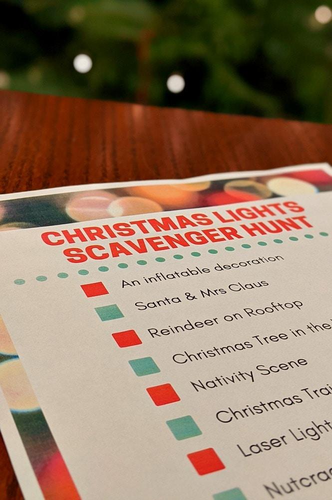 Christmas Light Scavenger Hunt List of Items