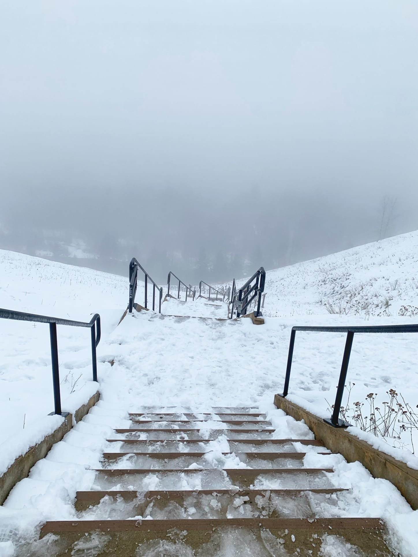 1000 stairs to the Cle Elum River