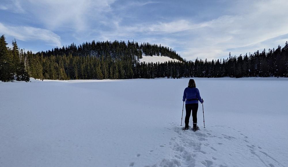 Snowshoeing to an alpine lake